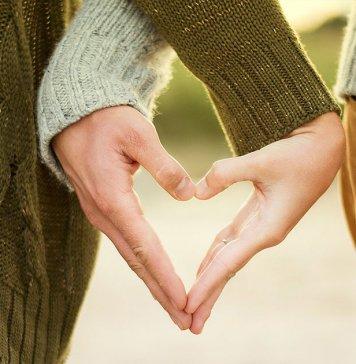 grandes-amores-dando-as-mãos