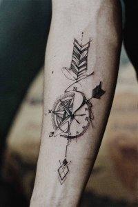 """19 ideias de tatuagens para os homens mais radicais10 200x300 - 18 ideias de tatuagens para os homens mais """"radicais"""""""