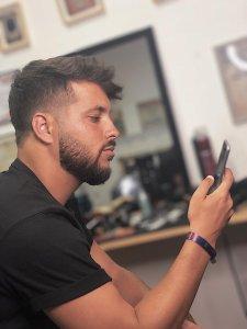 barba degrade aprende a fazer o estilo e inspira te nas imagens2 225x300 - Barba degradê: um novo estilo que está a conquistar homens por todo o Mundo