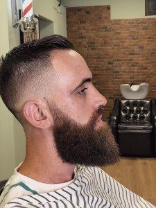 barba degrade aprende a fazer o estilo e inspira te nas imagens9 225x300 - Barba degradê: um novo estilo que está a conquistar homens por todo o Mundo