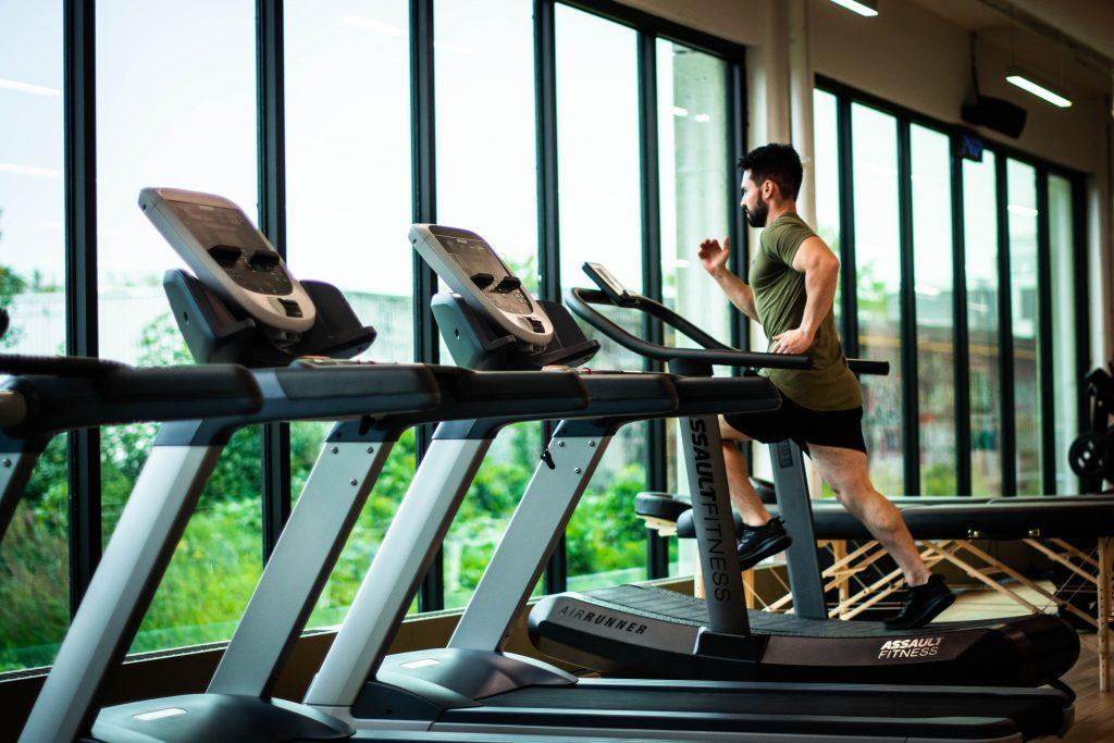 estudo confirma que apenas 35 minutos de exercicio podem ajudar a prevenir contra a depressao1 1024x683 - Estudo confirma que apenas 35 minutos de exercício podem ajudar a prevenir contra a depressão