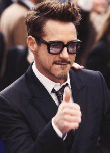 ator mudancas climaticas 217x300 - Robert Downey Jr. investe milhares de dólares no combate às mudanças climáticas.