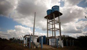 agua acesso1 300x174 - Projeto leva água potável a regiões vulneráveis do Brasil na pandemia